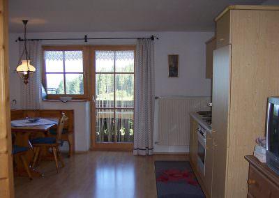 Wohnküche in der Fewo 2 auf dem Altenburgerhof