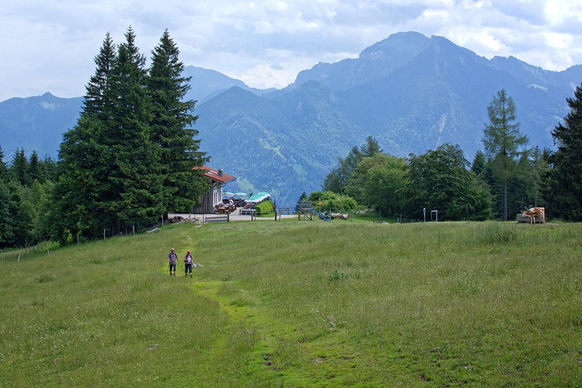 Zahlreiche Wanderwege führen durch unsere schöne Ferienregion